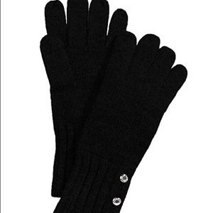 Michael kors logo button knitted winter gloves NWT